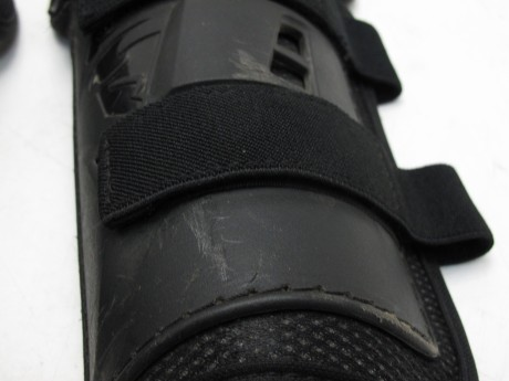 Защита колена THOR SECTOR KNEEGUARD BLACK БУ (15928413517194)